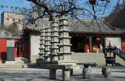 青(qing)檀寺