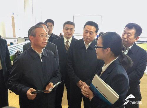 山東(dong)省委(wei)書記劉(liu)家義到(dao)高校(xiao)調研黨(dang)的建設和思想政治工作(zuo)