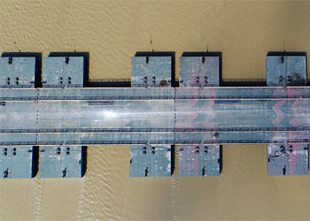 航拍:濟南黃河浮橋升級改造