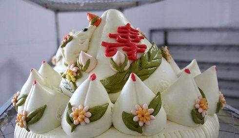 文登大媽用饅頭做生日蛋糕 年銷千萬