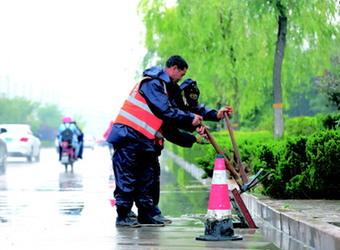 潍坊高新区疏通全区排水管网