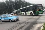 菏澤開發區一新修路段無監控 紅綠燈形同虛設