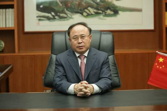 張(zhang)善(shan)久︰跨步做大(da)做強(qiang)龍(long)岡yue)糜紋pin)牌