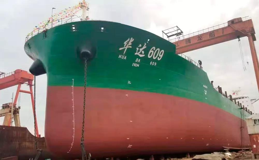 搭载潍柴船舶动力 多艘船密集下水
