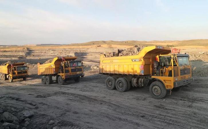 潍柴WP12发动机驰骋鄂尔多斯矿区