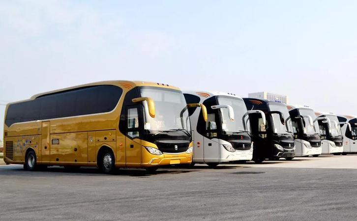 621台搭载潍柴黄金动力总成的亚星客车抵达沙特
