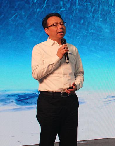 中软国际有限公司董事局主席兼CEO陈宇红做主旨演讲