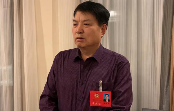 王(wang)旬果︰對一些(xie)重(zhong)大疾病再出台(tai)特殊補助(zhu)