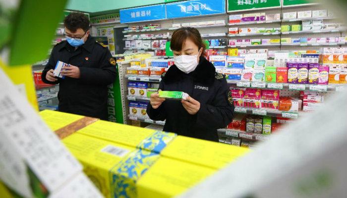 山(shan)東加大防控疫情醫藥用品(pin)巡查