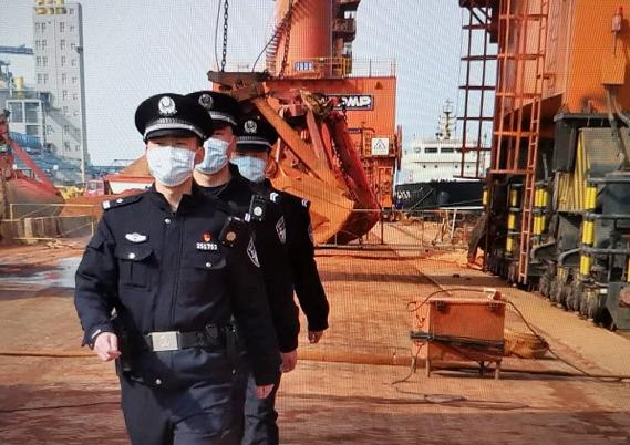 萊州出入境邊防(fang)檢查站為港口經濟發展保駕護航(hang)