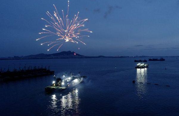 荣成:正月初六渔民扬帆出海 拉开春季捕捞帷幕